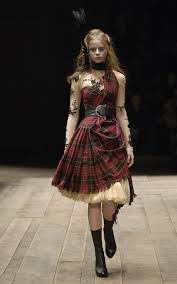 Alexander McQueen - Using Fashion - Alexander McQueen - Widows of Culloden