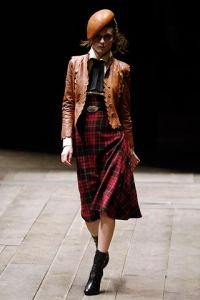 Haute Couture Mind - Using Fashion - Alexander McQueen - Widows of Culloden