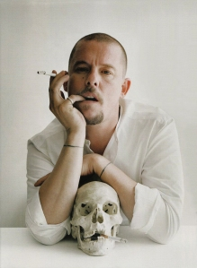 Haute Couture Mind - Using Fashion - Alexander McQueen