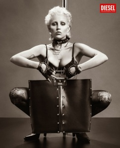 Haute Couture Mind - Fashion Book - Nicola Formichetti - Diesel - Bullet Bag